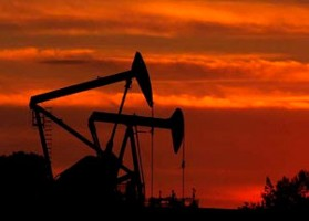 http://technewslit.com/sciencebusiness/wp-content/uploads/2010/10/OilRigsSunset_DoE.jpg