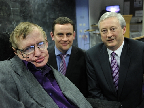 Stephen Hawking in 2013