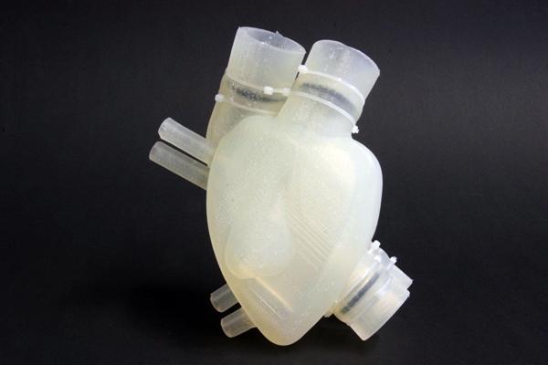 Soft artificial heart