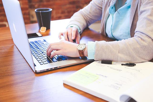 Typing a keyboard